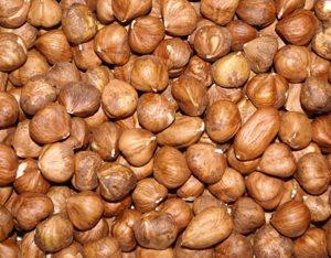hazelnuts-raw-bulk
